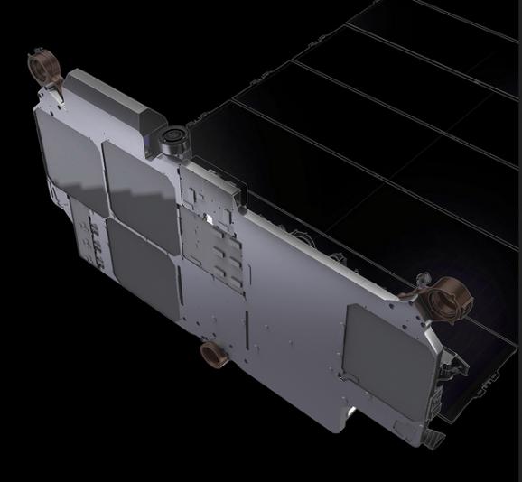 solarpanelstarlinksatellite-min