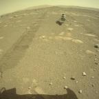 O helicóptero Ingenuity da NASA tocou o solo marciano